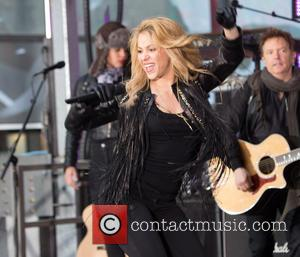 Shakira - Shakira performing live on the 'Today' show - New York City, New York, United States - Wednesday 26th...