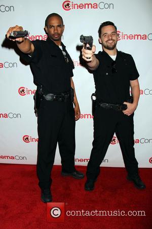 Damon Wayans Jr and Jake Johnson