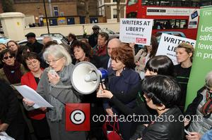 Vanessa Redgrave Joins Protest Against Prison Book Ban