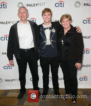 Evan Peters and family