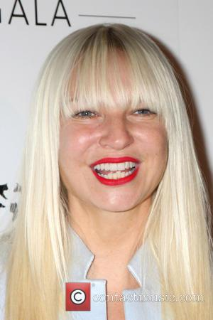 Sia Furler - Humane Society of the United States Gala 2014 - Beverly Hills, California, United States - Sunday 30th...
