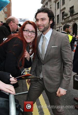 Aidan Turner Saves Fan From Robbery