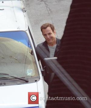 Will Arnett Officially Files For Divorce From Amy Poehler