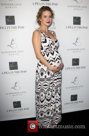 Linsey Godfrey - Jennifer Love Hewitt Celebrates the release of her New Baby Collection with Pea In The Pod -...