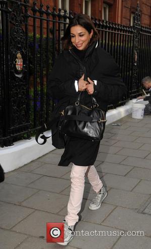 Shobna Gulati - Celebrities arriving at Claridges for daytime tv show 'Loose Women' - London, United Kingdom - Wednesday 2nd...