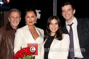Tony Plana, Vanessa Williams, America Ferrera and Michael Urie