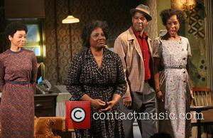 Anika Noni Rose, Latanya Richardson Jackson, Denzel Washington and Sophie Okonedo