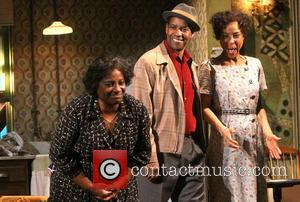 Denzel Washington's A Raisin In The Sun A Hit On Broadway