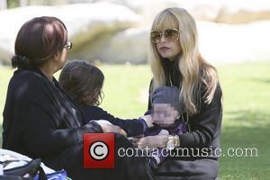 Rachel Zoe, Kaius Berman and Skyler Berman - Rachel Zoe and family seen spending the afternoon at the park. -...