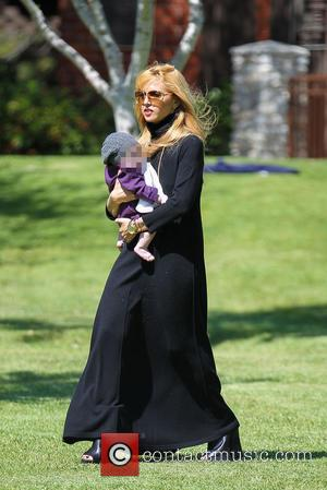 Rachel Zoe and Kaius Berman - Rachel Zoe and family at Cold Water Park in Beverly Hills - Los Angeles,...