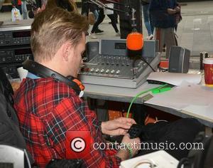 Nicky Byrne - Former Emmerdale & Coronation Street actress Vicky Binns joins Nicky Byrne & Jenny Greene in the window...
