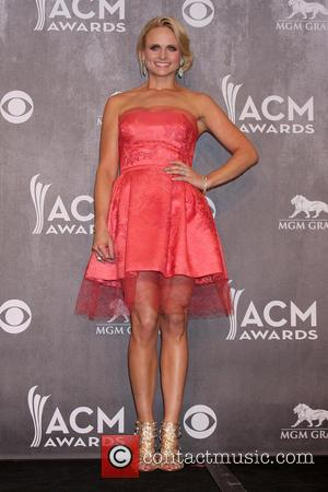 Miranda Lambert, Kacey Musgraves & George Strait Take Home ACM Awards [Pictures]