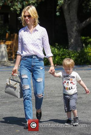 January Jones and Xander Dane Jones - January Jones takes son Xander to lunch at Houston's restaurant before grocery shopping...