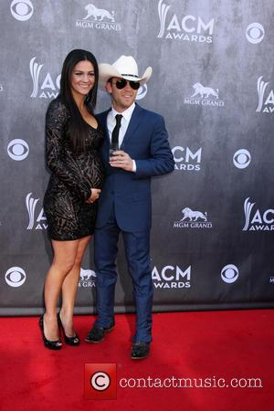 Beverly Hilton Hotel, Justin Moore