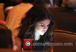 Selena Gomez Fires Her Parents: Heres Five Stars Who Did The Same