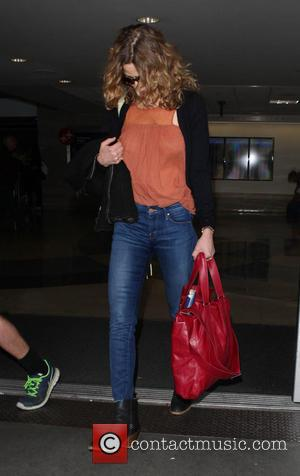 Kyra Sedgwick - Kyra Sedgwick at Los Angeles International Airport (LAX) - Los Angeles, California, United States - Wednesday 9th...