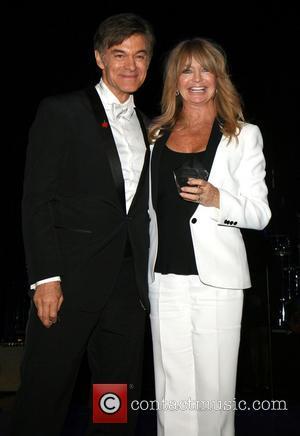 Dr. Mehmet Oz and Goldie Hawn