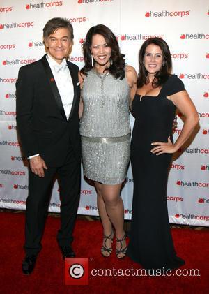 Dr. Mehmet Oz, Judy Torres and Lisa Oz