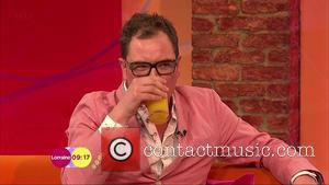 Alan Carr - Alan Carr appears on  'Lorraine' to talk about the new seires of 'Alan Carr: Chatty Man'....