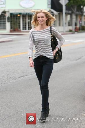 Sara Paxton - Sara Paxton seen leaving Ken Paves hair salon. - Los Angeles, California, United States - Friday 11th...