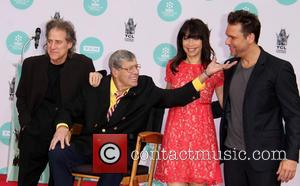 Jerry Lewis, Richard Lewis, Illeana Douglas and Dane Cook - Jerry Lewis' Hand and Footprint Ceremony at TCL Chinese Theatre...