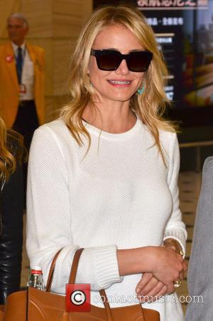 Cameron Diaz - Cameron Diaz, Leslie Mann and Kate Upton arriving in Sydney. The three Hollywood stars are Down Under...