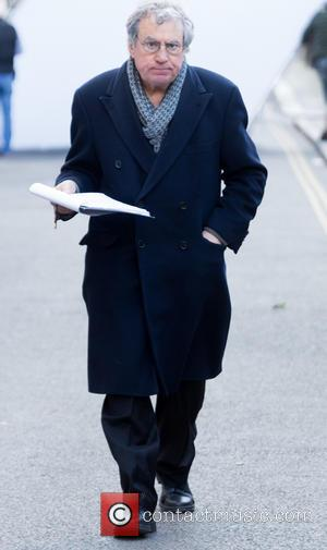 terry jones - Kate Beckinsale, Terry Jones and Rob Riggle film scenes for 'Absolutely Anything' in Central London - London,...
