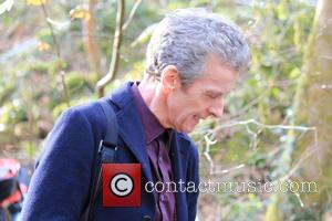 """Peter Capaldi On Doctor Who: """"No Flirting"""" But """"We Still Blow A Lot Of S**T Up"""""""