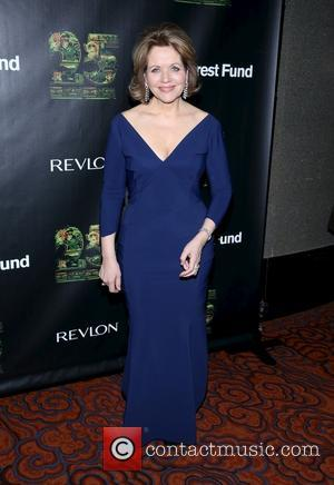 Renee Fleming Wins Praise For Play Debut