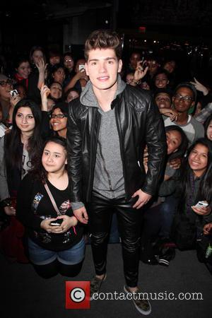 Gregg Sulkin - Gregg Sulkin at Planet Hollywood to promote his new MTV show 'Faking It' - New York City,...