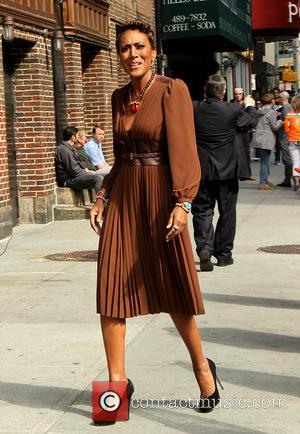 Robin Roberts - Celebrities outside the Ed Sullivan Theater for their taping on the Late Show with David Letterman -...