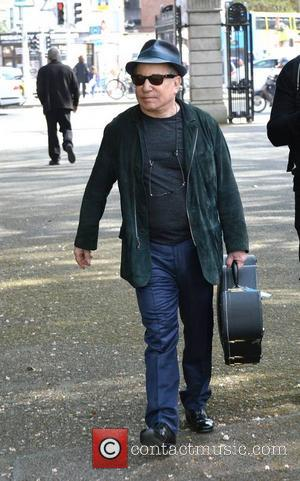 Paul Simon - Paul Simon seen leaving a sound check in the National Concert Hall with Irish fiddle virtuoso Martin...