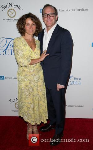Jennifer Grey and Clark Gregg - 19th Annual Jonsson Cancer Center Foundation's 'Taste For a Cure' honoring Steve Mosko at...