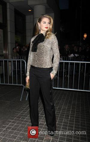 Kate Upton - Outside walking of the Stars of the Other Woman - New York, New York, United States -...