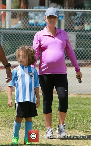 Kendra Wilkinson and Hank Baskett Iv