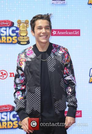 Austin Mahone - Radio Disney Music Awards 2014 - Los Angeles, California, United States - Sunday 27th April 2014
