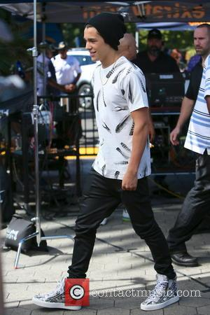 Austin Mahone - Austin Mahone seen at Universal Studios where he was interviewed by Mario Lopez for television show Extra....