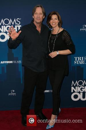 Kevin Sorbo and Sam Jenkins - Premiere of 'Mom's Night Out' held at the TCL Chinese Theater - Arrivals -...