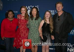 Chandra Wilson, Sarah Drew, Sandra Oh, Guest and Kevin Mckidd