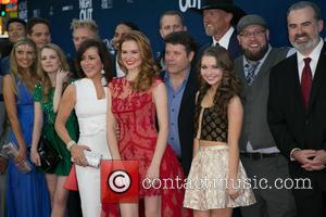 Patricia Heaton, Sarah Drew, Sean Astin, Sammi Hanratty, Trace Adkins and Guests