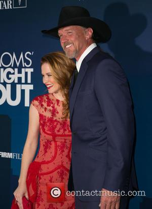 Sarah Drew and Trace Adkins - Moms Night Out Premiere at TCL Chinese Theater - Red Carpet - Los Angeles,...