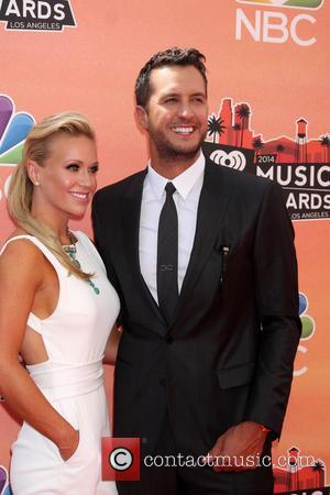 Luke Bryan and Caroline Boyer - iHeart Radio Music Awards Arrivals - Los Angeles, California, United States - Thursday 1st...