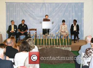 David Feinberg MD, LAPD Chief Charlie Beck, Gail Abarbanel, Cheryl Saban and Viola Davis