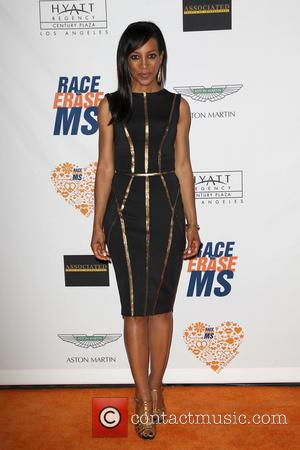 Shaun Robinson - 21st Annual Race To Erase MS Gala - Century City, California, United States - Saturday 3rd May...