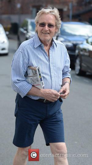 William Roache - William Roache, wearing shorts and a pair of sunglasses, runs errands in Alderley Edge, Cheshire - Manchester,...