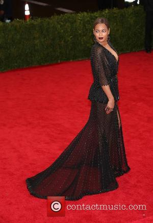 Beyonce Knowles - 'Charles James: Beyond Fashion' Costume Institute Gala at the Metropolitan Museum of Art - Outside Arrivals -...