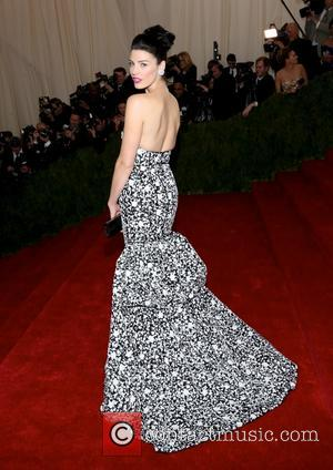 Jessica Pare - 'Charles James: Beyond Fashion' Costume Institute Gala at the Metropolitan Museum of Art - Outside Arrivals -...
