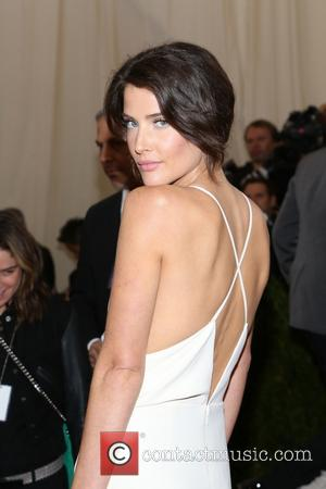 Cobie Smulders - 'Charles James: Beyond Fashion' Costume Institute Gala at the Metropolitan Museum of Art - Outside Arrivals -...