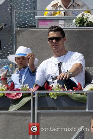 Cristiano Ronaldo Pictures  64f7030af