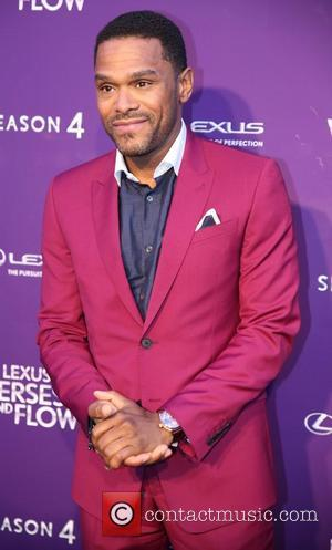 Maxwell To Set Sail On Concert Cruise